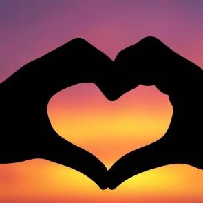 love-01-e1535515291780.jpg